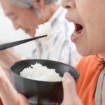 超高齢社会を迎えた日本におけるインプラントと入れ歯治療について